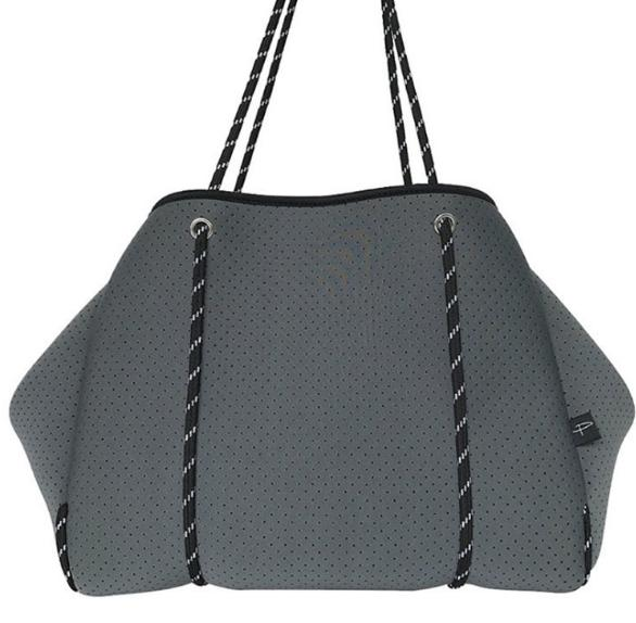 2020 Hot Selling Fashion style yoga beach bag perforated neoprene beach bag with small pouch