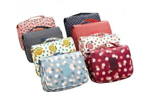 New fashion waterproof cute hanging cosmetic bag wholesale custom promotional folding travel toiletry bag